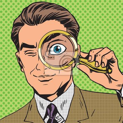El hombre es un detective que mira a través de aumento de búsqueda de cristal p