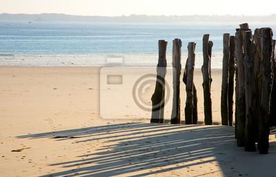 Estacas de madera tradicionales en Saint-Malo (Bretaña, Francia)