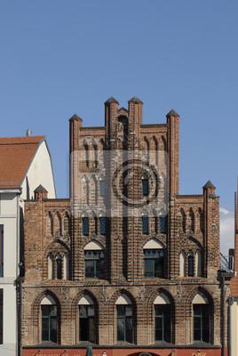 Fachada de ladrillo en el mercado, Greifswald