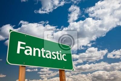 Fantastic Green Road Sign con el cielo