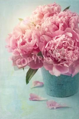 Póster Flores de peonía en un florero