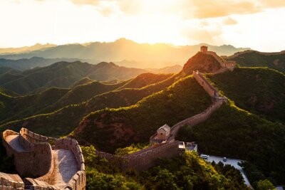 Póster Great wall under sunshine during sunset