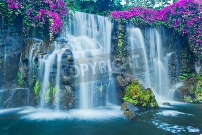 Póster Hermosa Cascada Azul en Hawai
