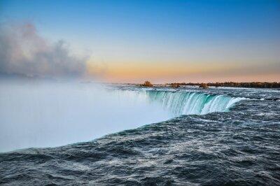 Póster Hermosas cataratas del Niágara, Canadá