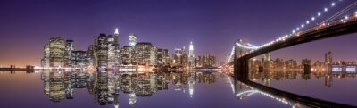 Póster Horizonte de Nueva York y la reflexión en la noche