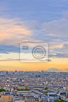 Horizonte de París desde el Sacré Coeur en un atardecer de verano.