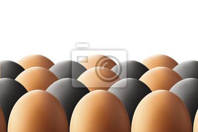 Huevos de color blanco y negro