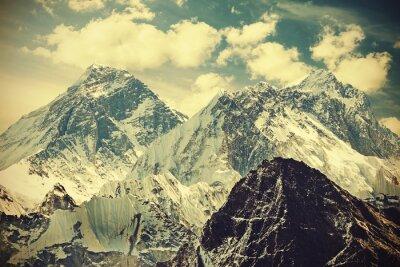 Póster Imagen entonada retro del montaje Everest, Nepal.