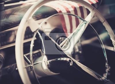 Interior de un coche clásico americano