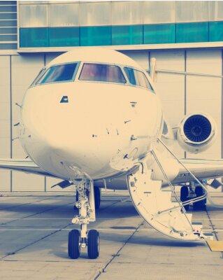 Póster Jet privado en el hangar