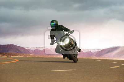Joven, equitación, grande, motocicleta, asfalto, carretera, uso, peop