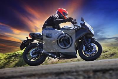 Joven, equitación, motocicleta, curva, asfalto, país, camino, aga