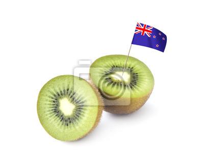Kiwis y la bandera en el fondo blanco