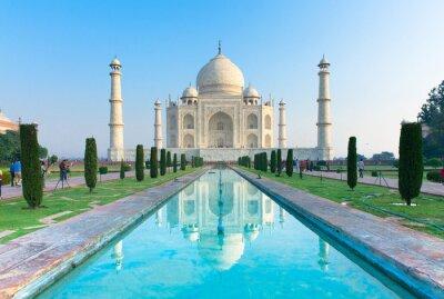 Póster La vista de la mañana del monumento Taj Mahal