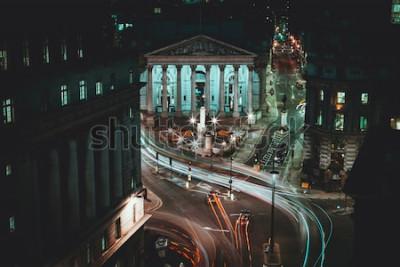 Póster Larga exposición - Royal Stock Exchange - Londres - Senderos de luz - Ciudad de Londres