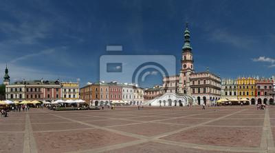 Liderando el mercado y el ayuntamiento en Zamosc