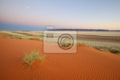 Luna roja duna de arena
