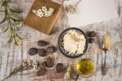 Póster Manteca de karité con producto de karité y frutos secos