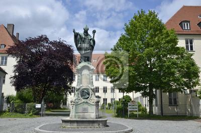 Monumento al obispo Ulrich, Dillingen