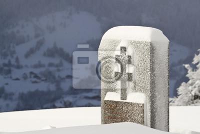 Morts aux Monumento français avec croix de Lorraine en hiver