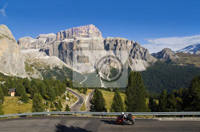 Motociclistas en Passo Sella
