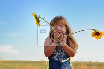 Muchacha en un campo