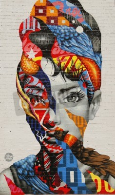 Póster NEW YORK - FEBRUARY 26, 2015: Mural art Audrey of Mulberry by Tristan Eaton in Little Italy.