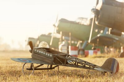 Póster Niño, modelo, avión, estacionado, retro, aviones