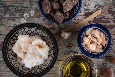 Nueces de karité mantequilla y aceite de argán y semillas