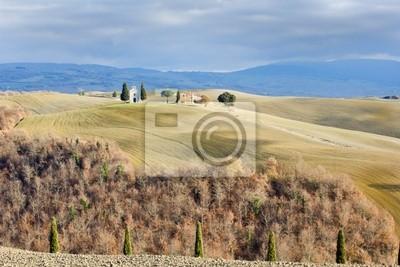 Paisaje de la Toscana en invierno, Val d'Orcia (Italia).