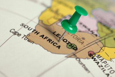 Póster Pin verde en el mapa.