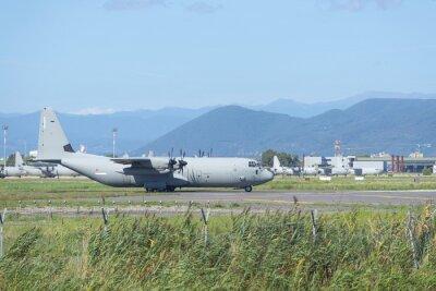 PISA, Italia - 25 de agosto 2015: Estados Unidos de la Fuerza Aérea de Hércules