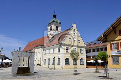 Plaza con la iglesia parroquial y el antiguo ayuntamiento