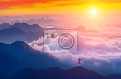 Por encima del mar de nubes