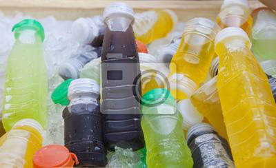 potable fría bebida de jugo de fruta en fresco hielo