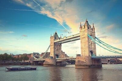 Póster Puente de la torre al atardecer, Londres