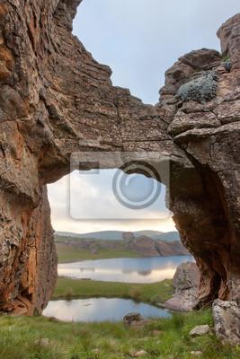 Puente de roca en Sehlabathebe NP