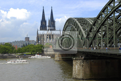Puente Hohenzollern sobre el Rin Catedral