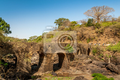 Puente portugués cerca Tis Issat