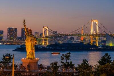 Póster Puesta de sol y puente del arco iris en Odaiba, Tokio