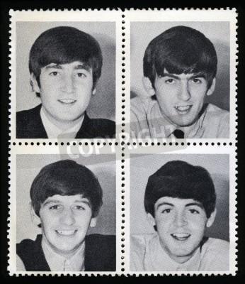 Póster REINO UNIDO - CIRCA 1963: sellos de la mercancía de la vendimia cada retratar una imagen de un miembro de 'The Beatles', alrededor del año 1963.