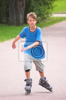 Rodillo chico joven