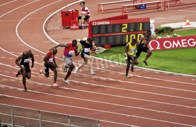 Póster ROME . May 31: Usain Bolt runs and wins 100 m speed race at Golden Gala in the Olympic Stadium on May 31, 2012 in Rome