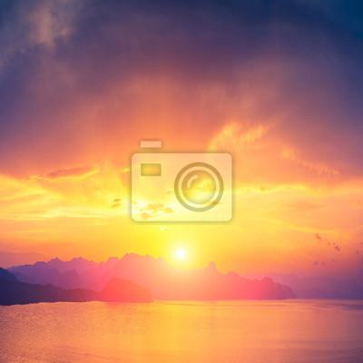 Salida del sol sobre Sudak