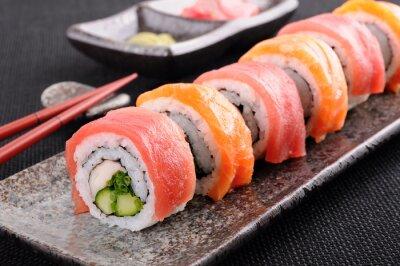 Póster Salmón y sushi de atún rollo