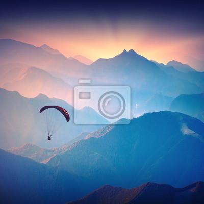 Silueta de paraglide