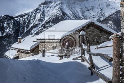 Steccato e baite estafa neve