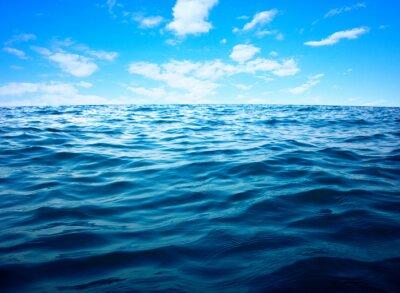 Póster Superficie azul del agua de mar