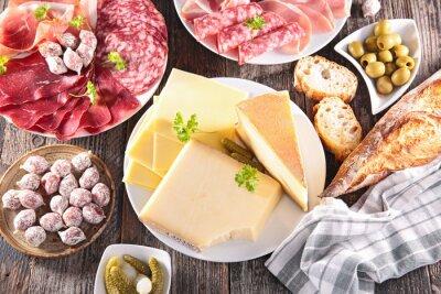 Póster surtido de quesos, carne