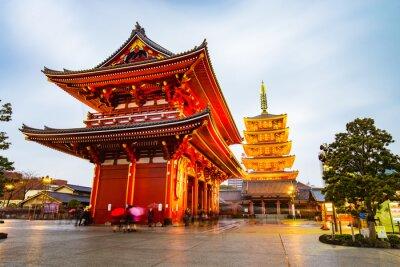 Póster Templo Senso-ji en el área de Asakusa en Tokio, Japón